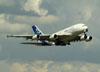 Airbus A380-861, F-WWDD, da Airbus, decolando no aeroporto de Cumbica, em Guarulhos. (22/03/2012)