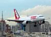 Airbus A319-132, PT-TMF, da TAM. (30/11/2010)