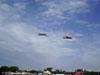 Dois T-27 Tucanos da Academia da Força Aérea sobrevoando o Campo de Marte, em São Paulo.