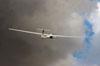Planador Jantar sobrevoando o aeroporto de Rio Claro. Foto: Carlos Patrício.