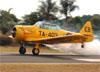 North American T-6G, PR-TEB, da Helisul Táxi Aéreo, pilotado por Fernando Paes de Barros. (13/05/2018)