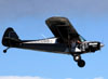 "Piper PA-18A Super Cub, N6777B (Chamado ""Franklinstein""), do Kyle Franklin Airshow. (26/07/2012) Foto: Celia Passerani."