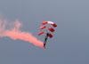 Paraquedistas do Liberty Parachute Team. (27/07/2012) Foto: Celia Passerani.