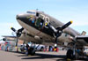 Douglas DC-3C (C-47A Skytrain), N3239T, do Valiant Air Command. (22/04/2015) Foto: Celia Passerani.